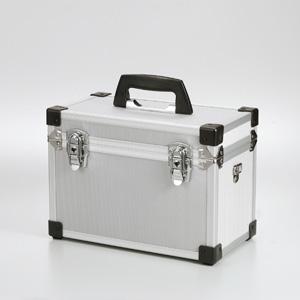 【クリックでお店のこの商品のページへ】アルミカメラバッグ(サイズS) 200-BG003