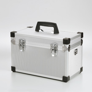 【クリックで詳細表示】アルミカメラケース(サイズM) 200-BG004