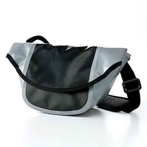【クリックでお店のこの商品のページへ】【わけあり在庫処分】 カメラバッグ(ミラーレス一眼レフ&ハイクラスコンパクトデジカメ&ビデオカメラ対応・アウトドア仕様・ブラック) 200-BG015BK