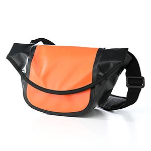 【クリックでお店のこの商品のページへ】【わけあり在庫処分】 EOS Kiss X5/X4・D5100 対応 カメラバッグ(ミラーレス一眼レフ&ハイクラスコンパクトデジカメ&ビデオカメラ対応・アウトドア仕様・オレンジ) 200-BG015D